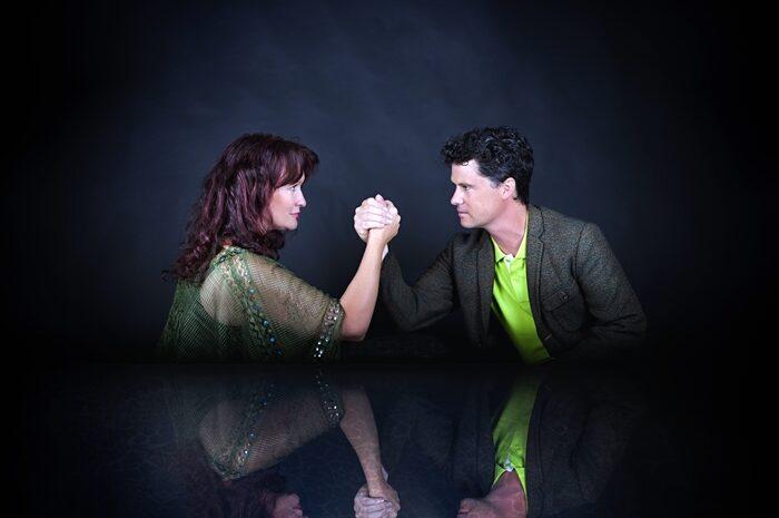 TLR Live Online: Kathryn Roberts & Sean Lakeman (UK)